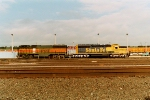 BNSF 327 and BNSF 6337